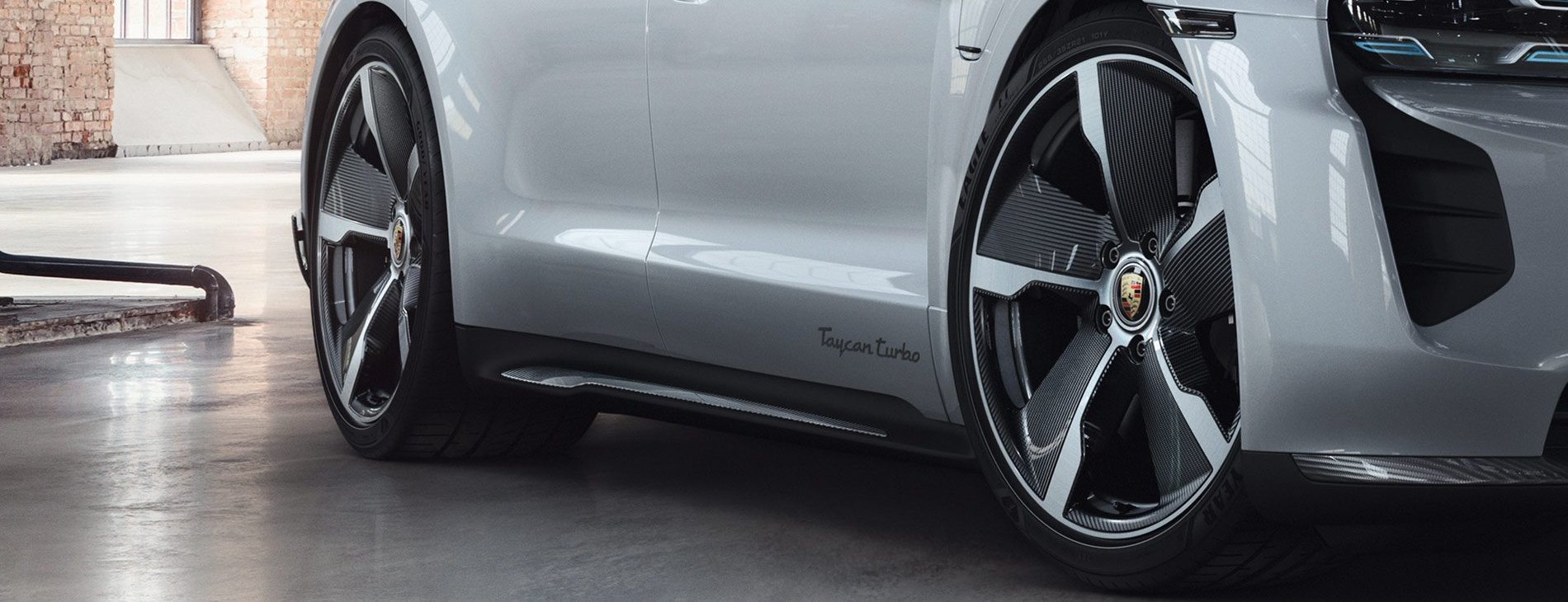Porsche-Exclusive-Taycan-Turbo-11.jpg